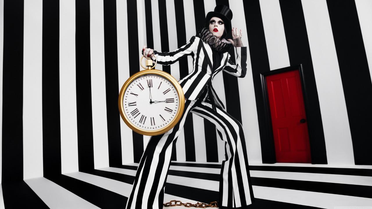 preto e branco relógio
