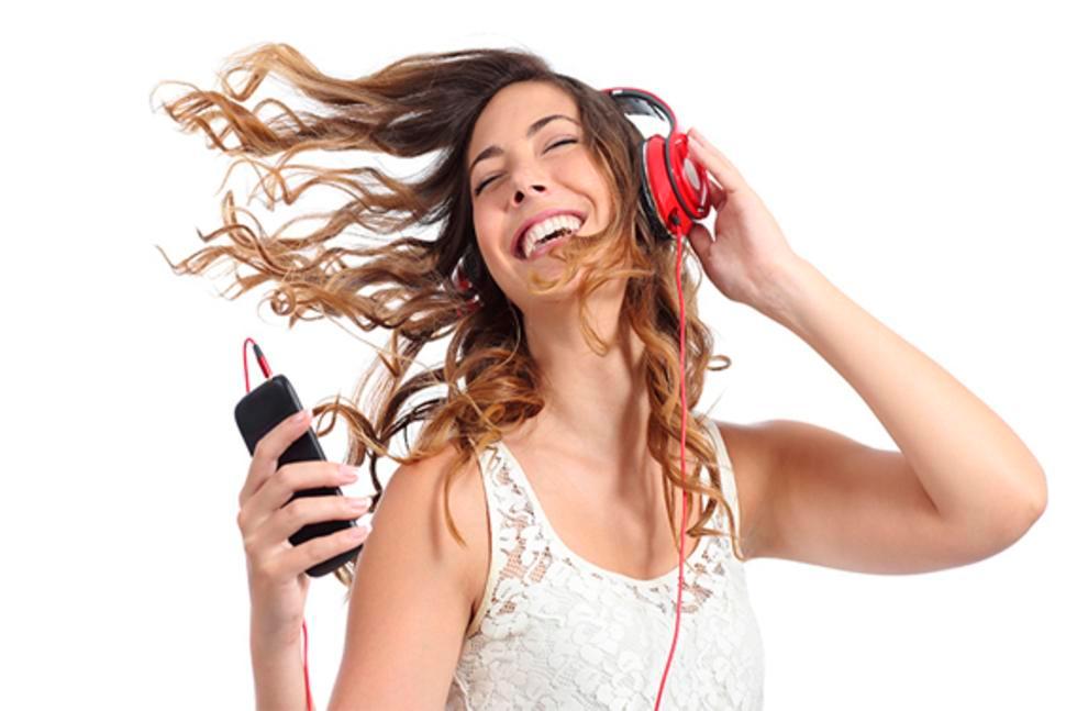 ela-escuchar-musica-varias-veces